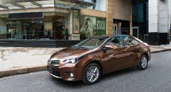 Toyota Corolla Altis 2014 - vững bước vượt qua chính mình!