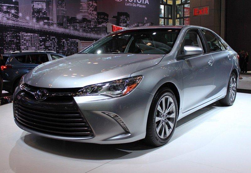 Chính thức ra mắt Toyota Camry 2015 tại Việt Nam