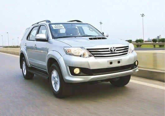 Tổ chức đi du lịch Sapa nên thuê xe ô tô nào?
