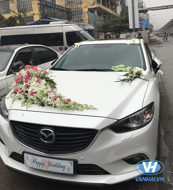 Thuê xe cưới mazda 6 giá rẻ uy tín tại Hà Nội