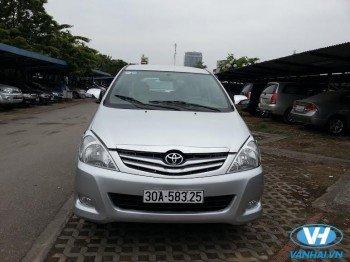 Cho thuê xe 7 chỗ toyota innova G theo tháng giá rẻ tại Hà Nội