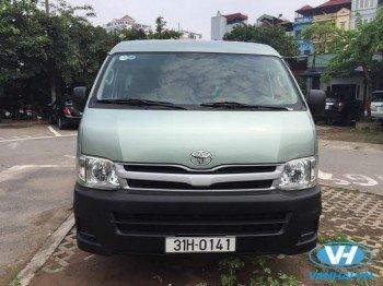 Cho thuê xe 16 chỗ Toyota Hiace giá rẻ nhất tại Hà Nội