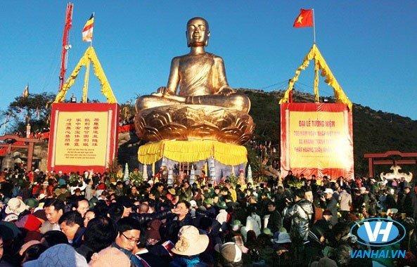 Hành hương lễ Phật