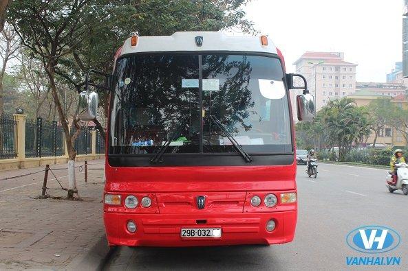 Cho thuê xe 45 chỗ Huyndai Aero space rẻ nhất tại Hà Nội