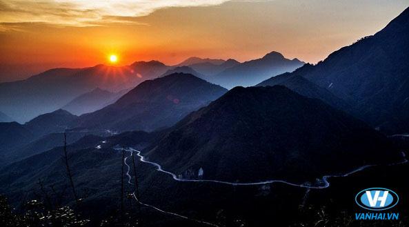 Cảnh như trên mây đỉnh Pu Ta Leng