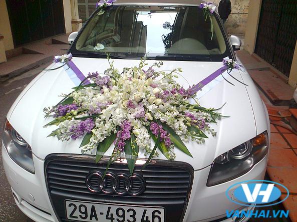 Xe cưới của công ty Vân Hải
