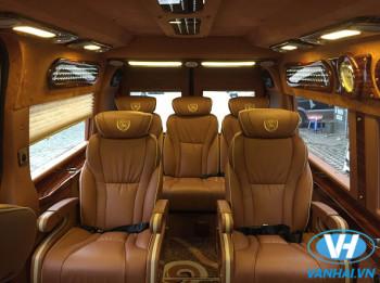 Cho thuê xe 9 chỗ ford dcar limousine giá rẻ nhất tại Hà Nội