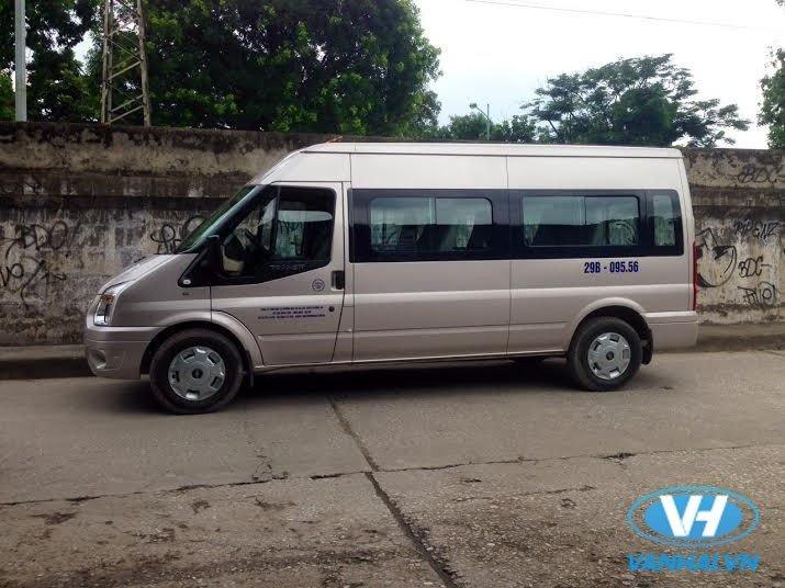 cho-thue-xe-16-cho-theo-thang-ford-transit.jpg