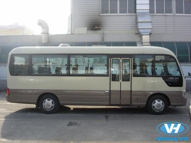 cho-thue-xe-24-cho-huyndai-county-gia-re-tai-hn.jpg