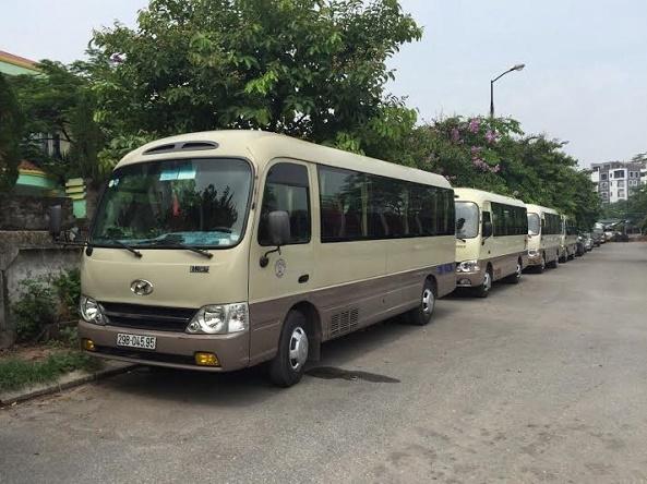 Dịch vụ thuê xe 29 chỗ của Vân Hải đáp ứng mọi yêu cầu của khách hàng