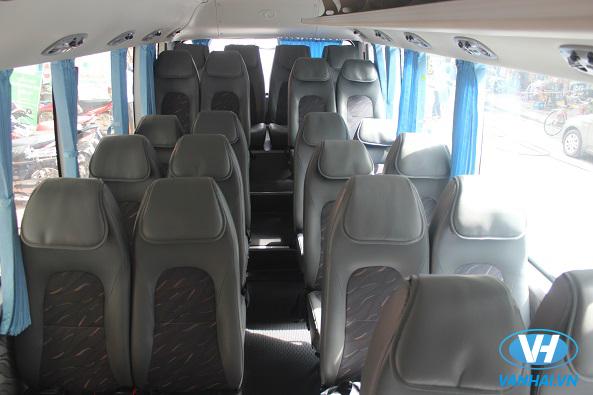 Xe 29 chỗ Huyndai County với nội thất hiện đại, tiện nghi