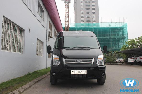 Thuê xe 9 chỗ của Vân Hải du lịch đầu xuân