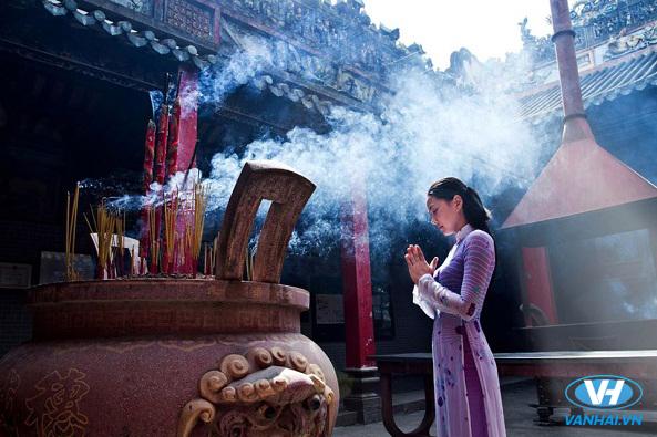 Du lịch lễ hội đầu năm là nét đẹp truyền thống của Việt Nam