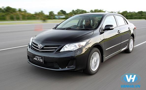 Dòng xe 4 chỗ Toyota Altis hiện đại và sang trọng