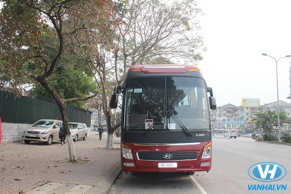 Thuê xe 4 chỗ đến 45 chỗ tại công ty Vân Hải