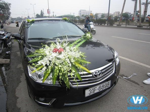Xe cưới 4 chỗ Toyota Camry của Vân Hải