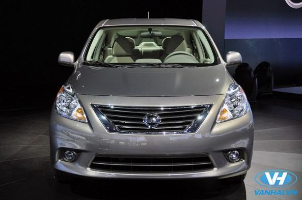 Thuê xe 4 chỗ Nissan Sunny cho chuyến đi