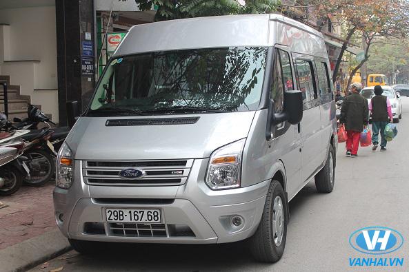 Xe 16 chỗ Ford Transit của Vân Hải luôn đảm bảo chất lượng, tiện nghi nhất