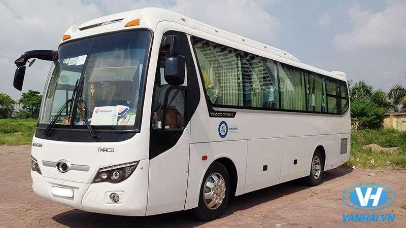 Cho thuê xe 35 chỗ Thaco Town giá rẻ nhất tại Hà Nội
