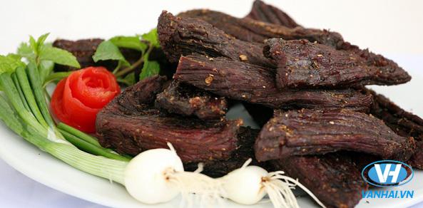 Món thịt trâu sấy khô thơm ngon