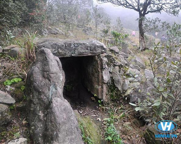 Cấu trúc độc đáo của Hầm mộ đá
