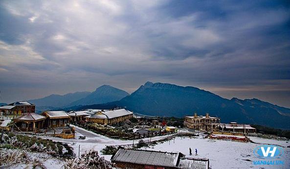 Khung cảnh tuyết trắng đất trời Mẫu Sơn