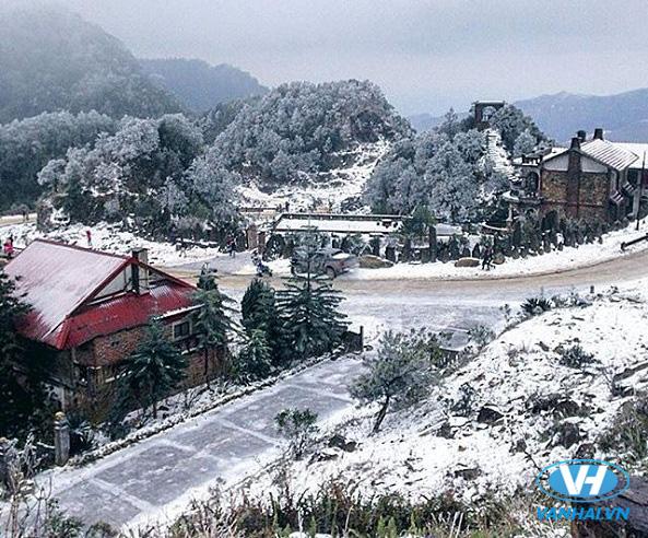 Ngắm tuyết rơi trên Mẫu Sơn