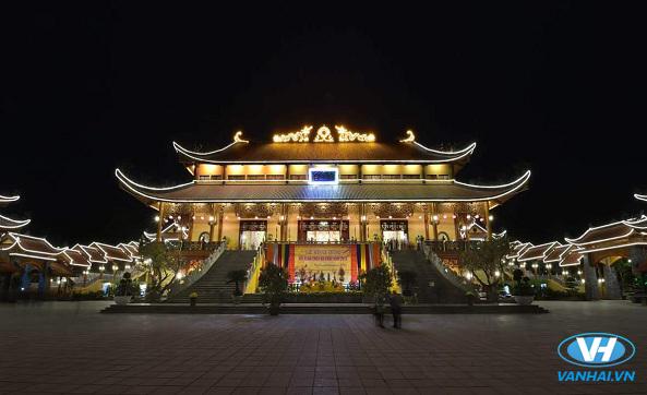 Kinh nghiệm đi lễ chùa Ba Vàng dịp đầu năm
