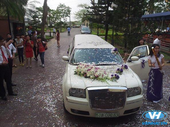 Thiết kế sang trọng, tinh tế của xe hoa cưới