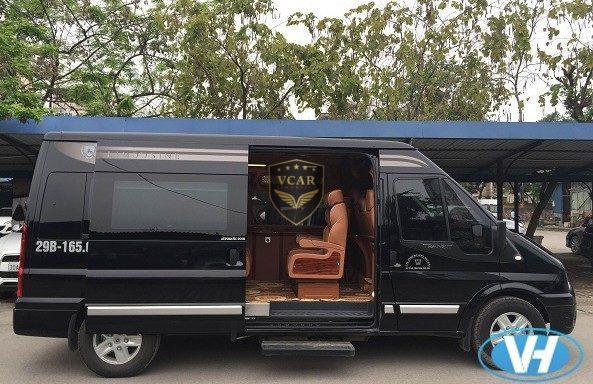 Công ty Vân Hải cho thuê xe ford transit limousine 9 chỗ giá rẻ nhất