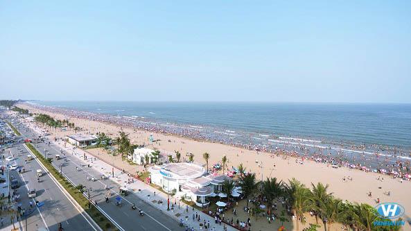 Không gian bình yên của bãi biển Sầm Sơn