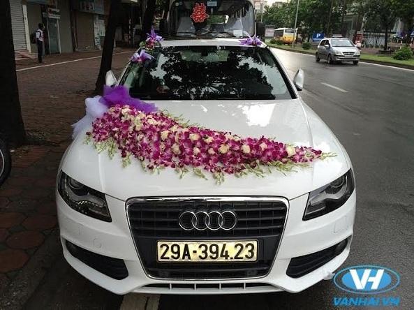Trang trí xe hoa cưới thanh lịch, đẹp mắt