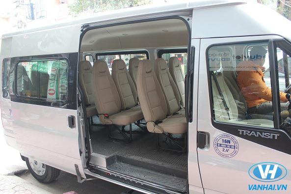 Thuê xe ford transit 16 chỗ theo tháng Vân Hải đi các địa danh