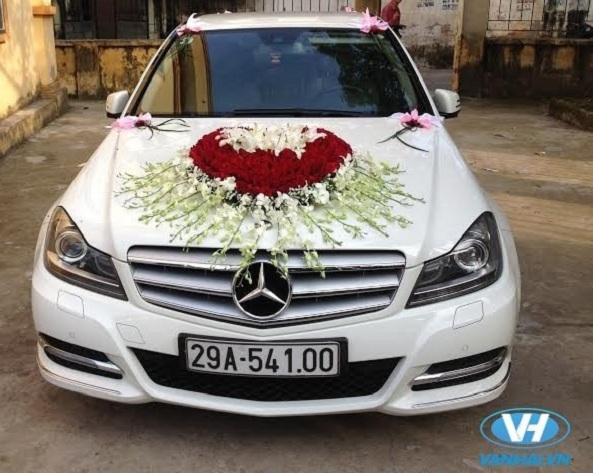 Dịch vụ thuê xe đón dâu của Vân Hải được đánh giá cao