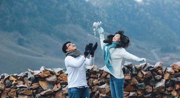 Lưu giữ ảnh cưới giữa khoảng trời đầy tuyết trắng