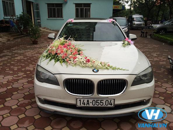 Vẻ ngoài thanh lịch của chiếc xe cưới BMW
