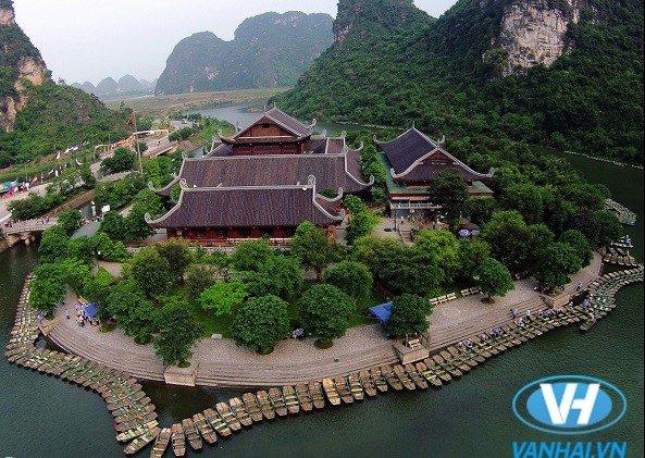 Cảnh sắc thiên nhiên vô cùng tươi đẹp và hùng vĩ tại Tràng An