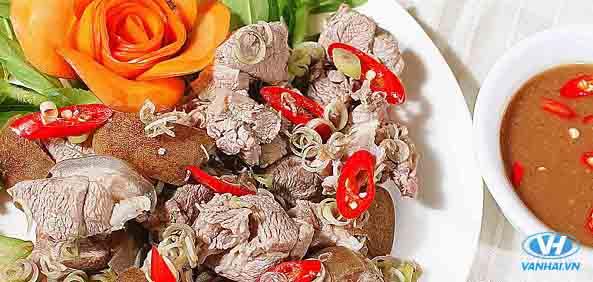 Thưởng thức món dê núi thơm ngọt của Ninh Bình