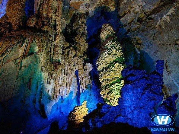 Dừng chân khám phá động Đá Bạc - khu du lịch Lương Sơn