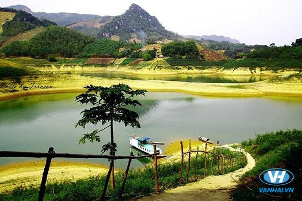 Thung Nai hiện lên xinh đẹp như bức tranh